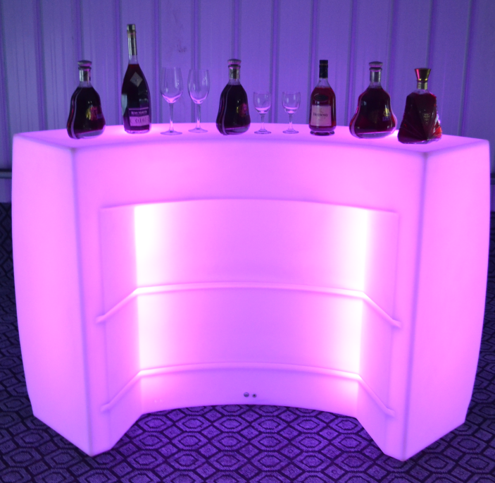 Outdoor Lighted Bar Counter